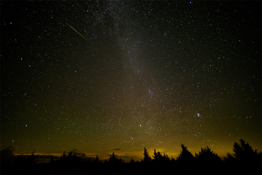 Perseid meteor showers August 2016